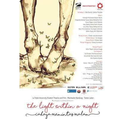 Menonton Teater Cahaya Memintas Malam